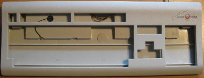 A1200-i-tastatur1_Small