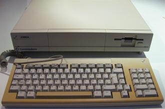 Amiga1000_Retroport_008+$28Gro$C3$9F$29