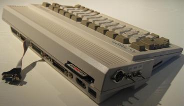 Amiga600_Tuned_Retroport_01+$28Gro$C3$9F$29
