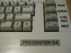 C64C_Presenter_64_Retroport_03+$28Gro$C3$9F$29