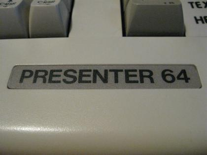 C64C_Presenter_64_Retroport_04+$28Gro$C3$9F$29