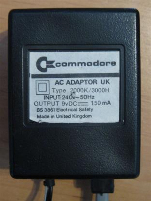Commodore_2000K_Retroport_06+$28Gro$C3$9F$29