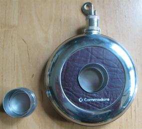 Commodore_Flachmann_Retroport_2+$28Large$29