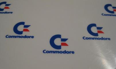 Commodore_Frisbee_2_Retroport+$28Large$29