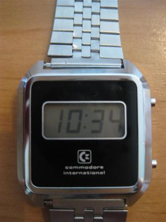 Commodore_LCD_Uhr_V4_Retroport_02+$28Large$29