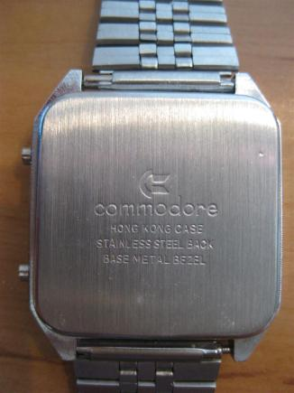 Commodore_LCD_Uhr_V4_Retroport_03+$28Large$29