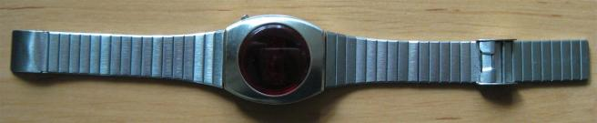 Commodore_LED_Uhr_CBM_Time_Retroport_01+$28Large$29