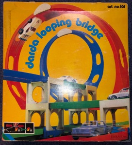 Darda_Looping_Bridge_Retroport