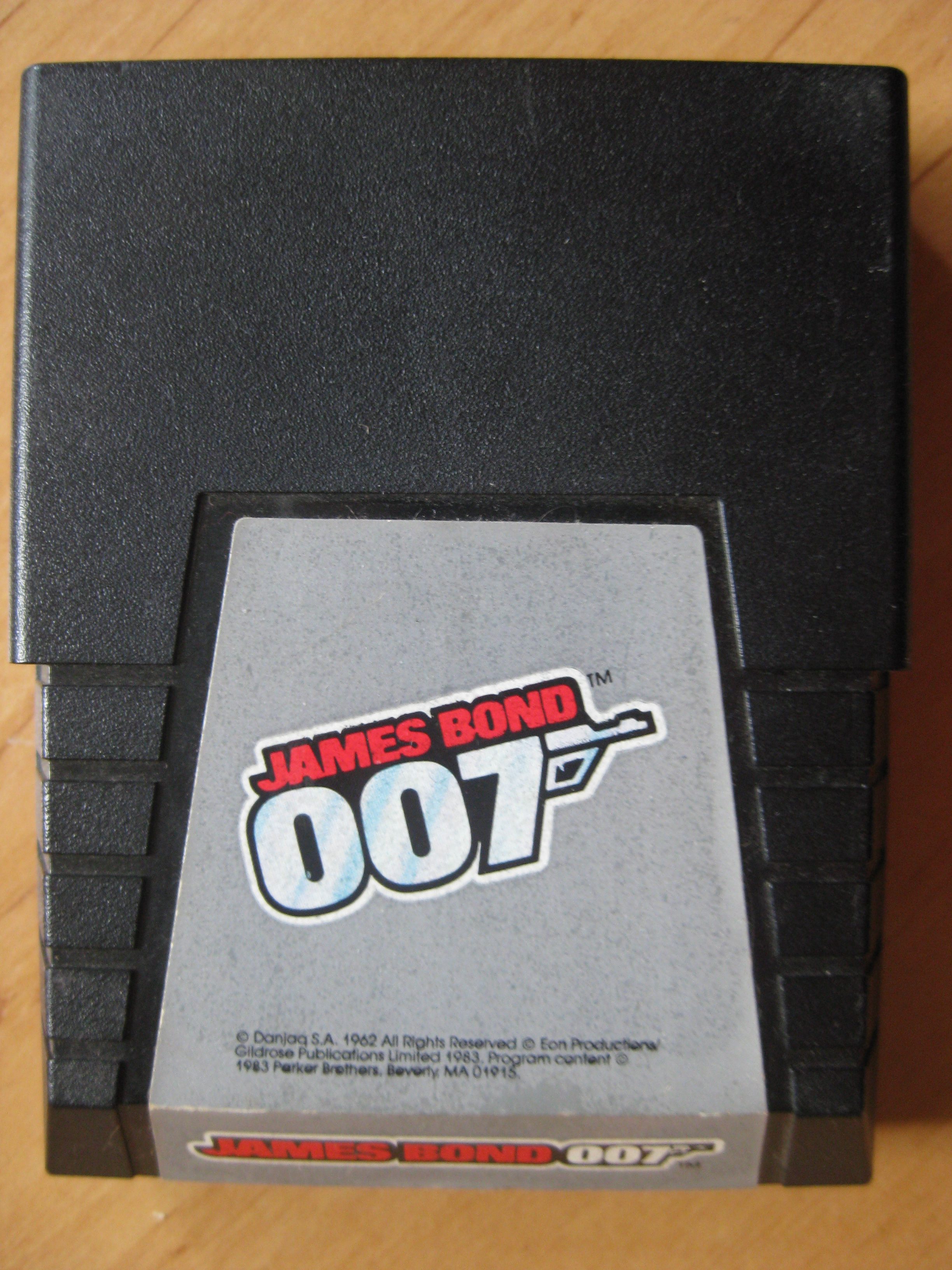 James_Bond_007_C64_Retroport.JPG