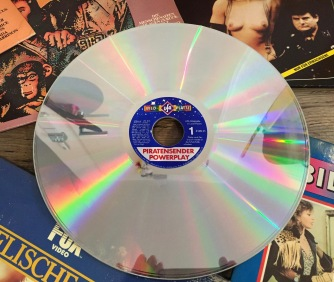 Laser_Disc_Retroport_02
