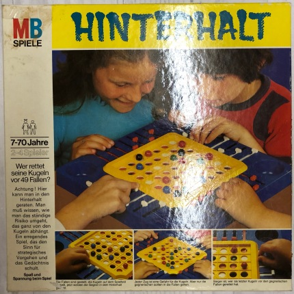 MB_Hinterhalt_Retroport_01