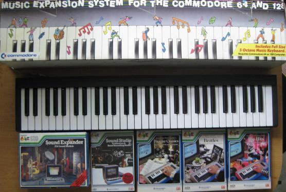 Music_Expansion_System_C64_33_Retroport+$28Large$29