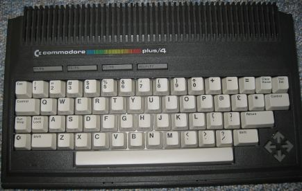 Plus4_Computer_Lernkurs_Retroport_010