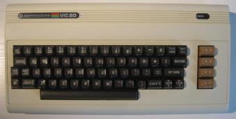 VIC20_USA_Retroport_01+$28Gro$C3$9F$29
