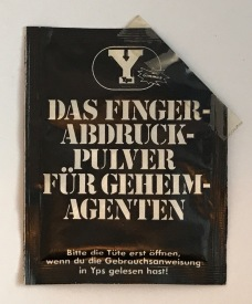 YPS_0083+Finger-Abdruck-Pulver_Retroport