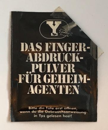 YPS_0083+Finger-Abdruck-Pulver_Retroport