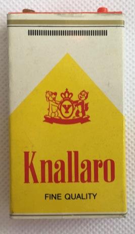 YPS_0492+Die+Zigaretten-Schachtel+mit+Schu$C3$9F-Automatik+-+Retroport