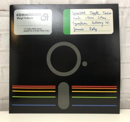 Commodore_64_Vinyl_Tribute_Retroport_01
