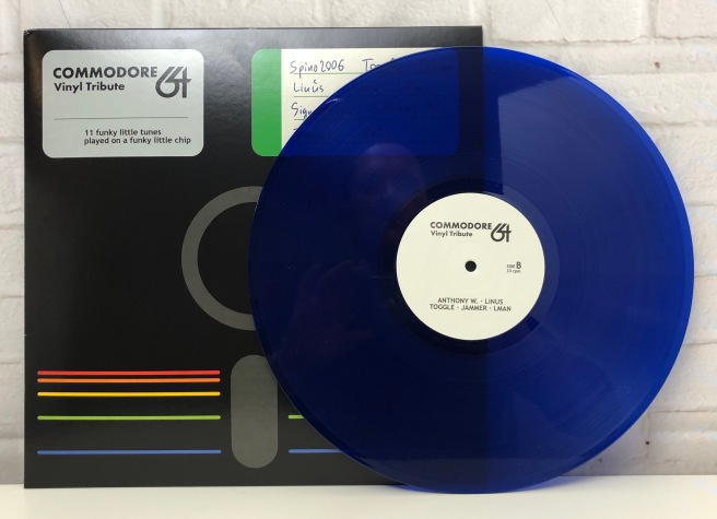 Commodore_64_Vinyl_Tribute_Retroport_04