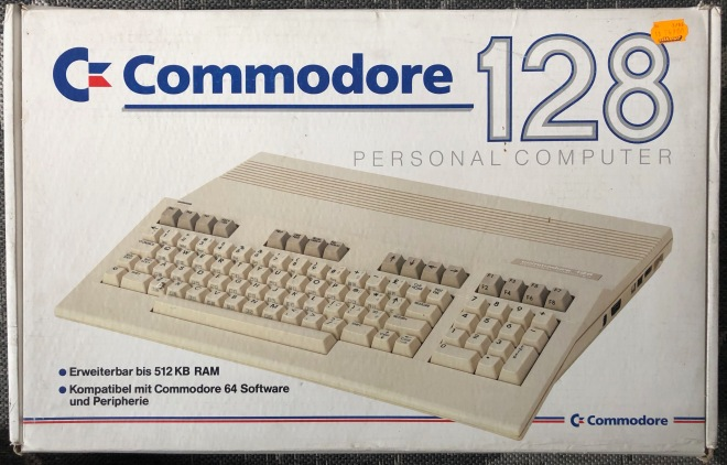 Commodore_128_Retroport_2019