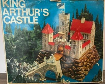 King_Arthurs_Castle_Retroport_001